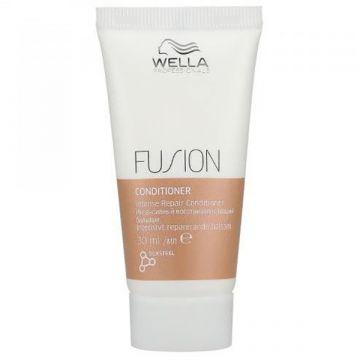 Balsam de par Wella Professionals Fusion 30ml