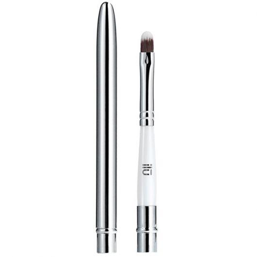 Pensula Ilu pentru buze 521 Lipstick Saved Me